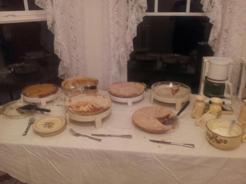 ThanksgivingDessertTable